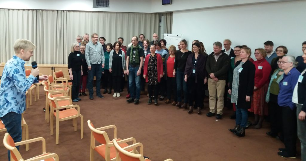 Antti Huntus and participants of the workshop at the World Saving Clinic-photo by Leena Marsio 1